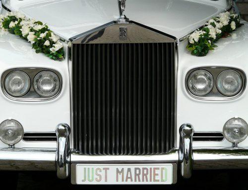 Hochzeitswagen – damit fahren Brautpaare ins Glück