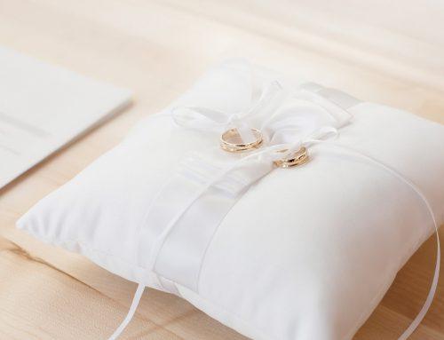 Pures Eheglück: HIER die 5 Tipps für eure perfekten Trauringe